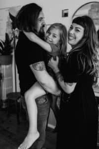 Un moment avec Bambichoses une Séance Famille à Toulouse | Remember Happiness Photographie