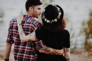 Au bord du lac une Séance couple à Toulouse | Remember Happiness Photographie
