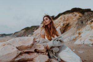 Ma Robe | Poppy Figue une Edito à Pays Basque | Remember Happiness Photographie