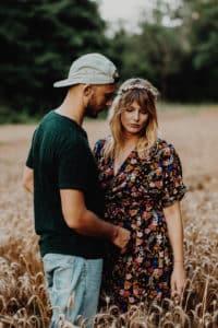 Promenons-nous dans les bois une Séance couple à Toulouse | Remember Happiness Photographie