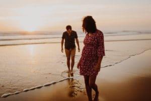 Douce soirée une Séance maternité à COntis | Remember Happiness Photographie