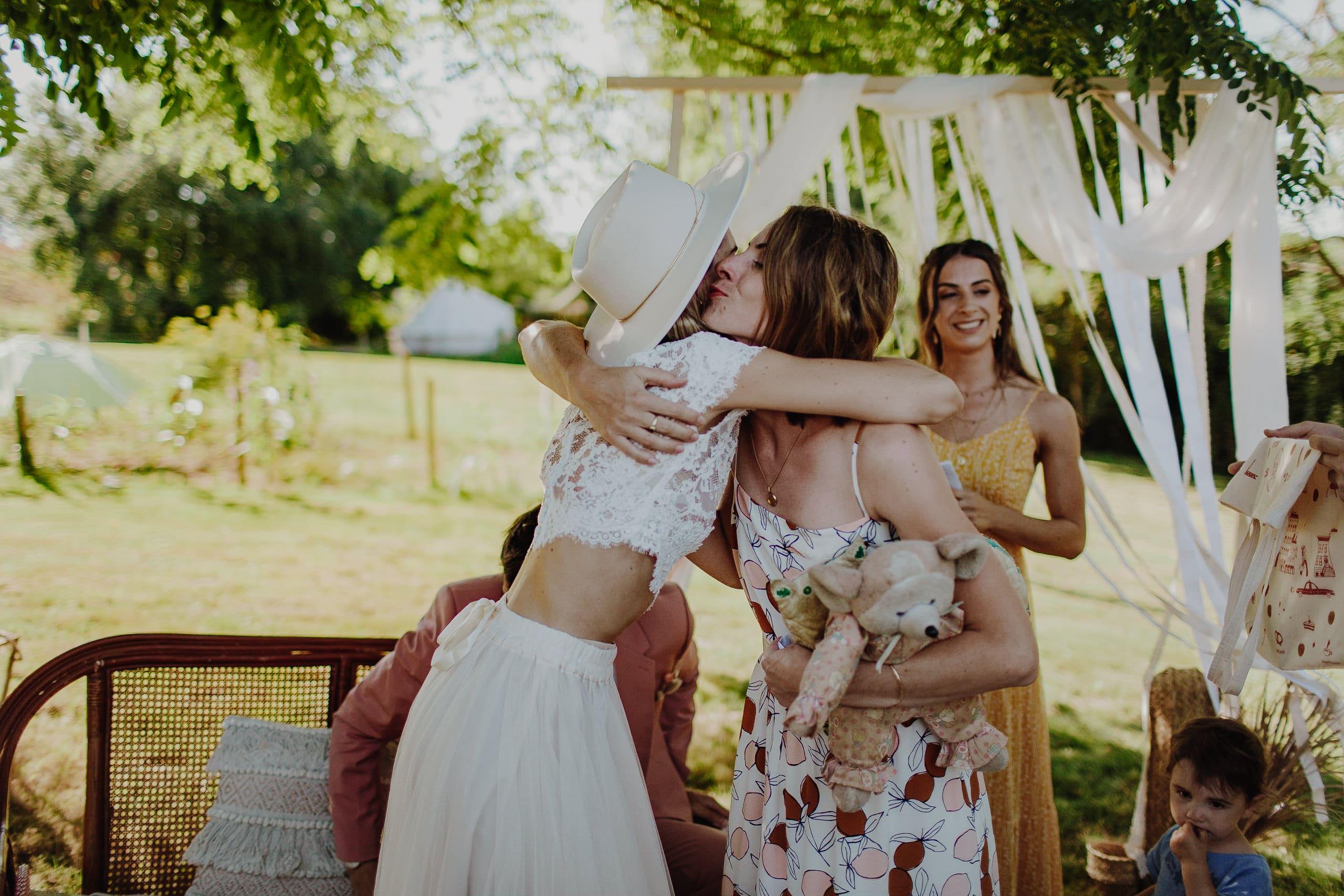 mariage-ceremonie-laique-boheme-californie-toulouse-15 une Mariage à La maison du Lac | Remember Happiness Photographie